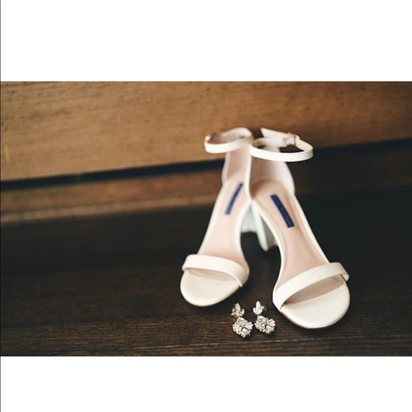 Stuart Weitzman Shoes - Stuart Weitzman white heels